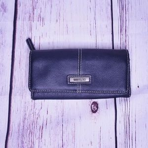 ♻️ 3/$30 Black Roots Leather Long Wallet